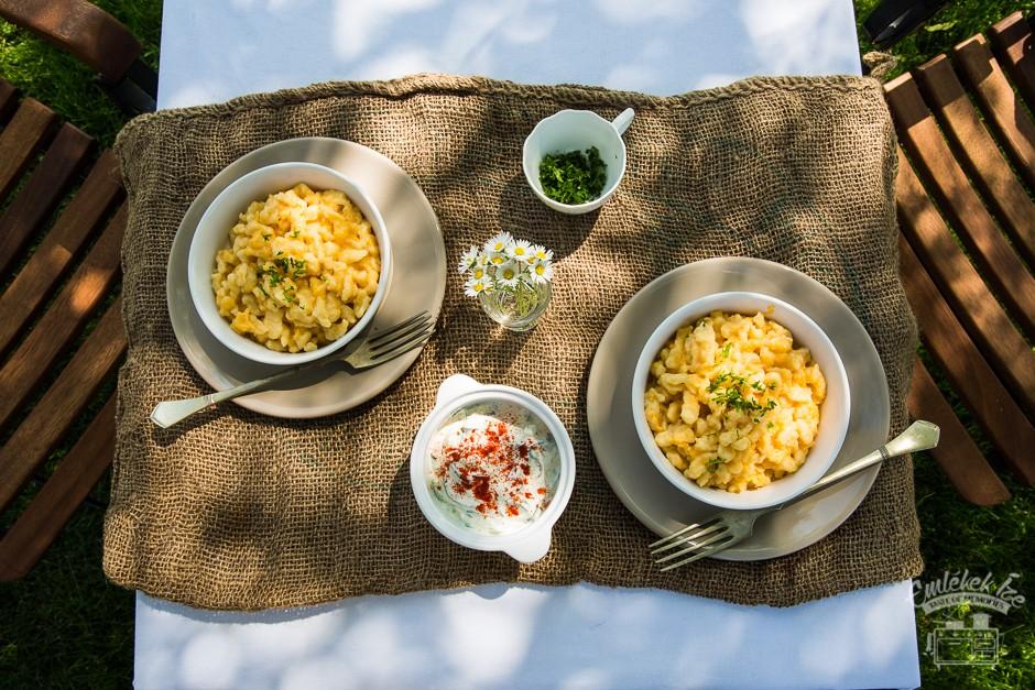 a tökéletes tojásos galuska receptje http://emlekekize.hu/a-tokeletes-tojasos-galuskahoz-vezeto-ut/